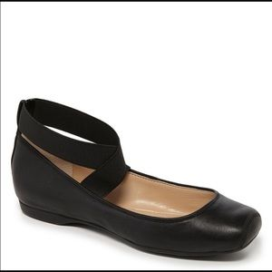 Jessica Simpson Black Leather Ballet Toe Shoes 11